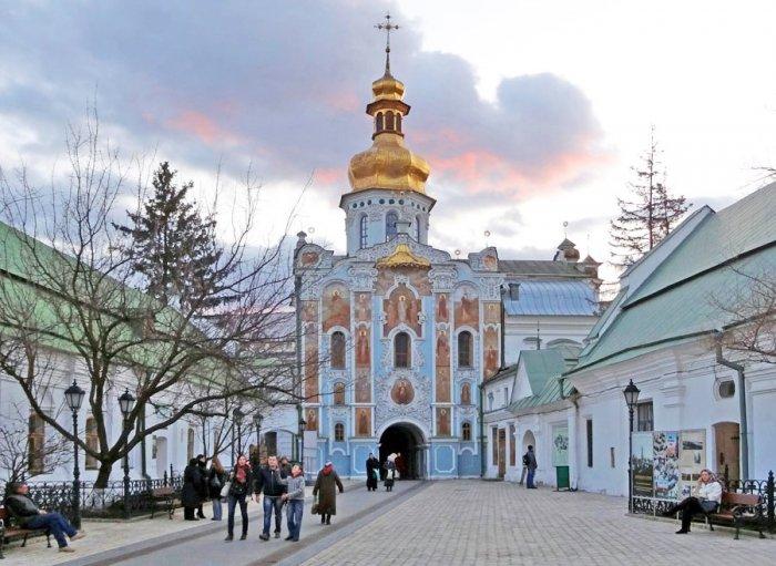 Мужские монастыри Киева